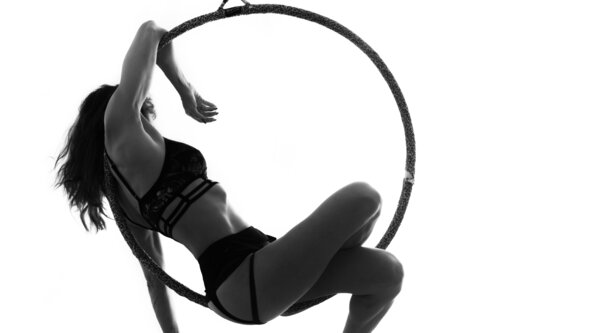 Aerial Hoops Group Class (Early Intermediate level) ONLINE