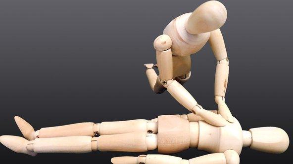 Standard First Aid   / Emergency First Aid