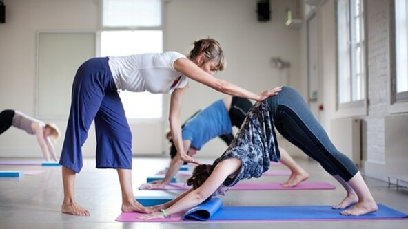 Taster Class   Yoga with Yogabelle