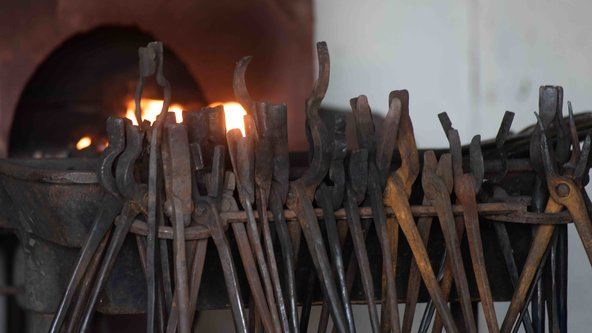 Crafting Blacksmithing Tools: Tongs