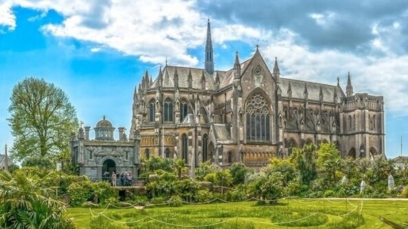 Requiem in a Day: ARUNDEL CATHEDRAL