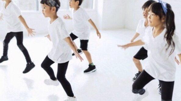 DanceFit for Kids- Moovin'& Groovin'