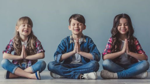 Kids yoga online - age 3 to 7