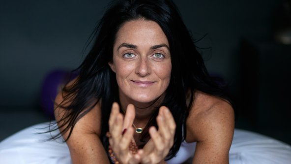 Yoga with Lara ~ Scaravelli Inspired Yoga (all levels) ~ Virtual Practice plus recording
