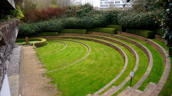 Too Young to be Loved?  Post-war designed landscapes of London and environs - Karen Fitzsimon